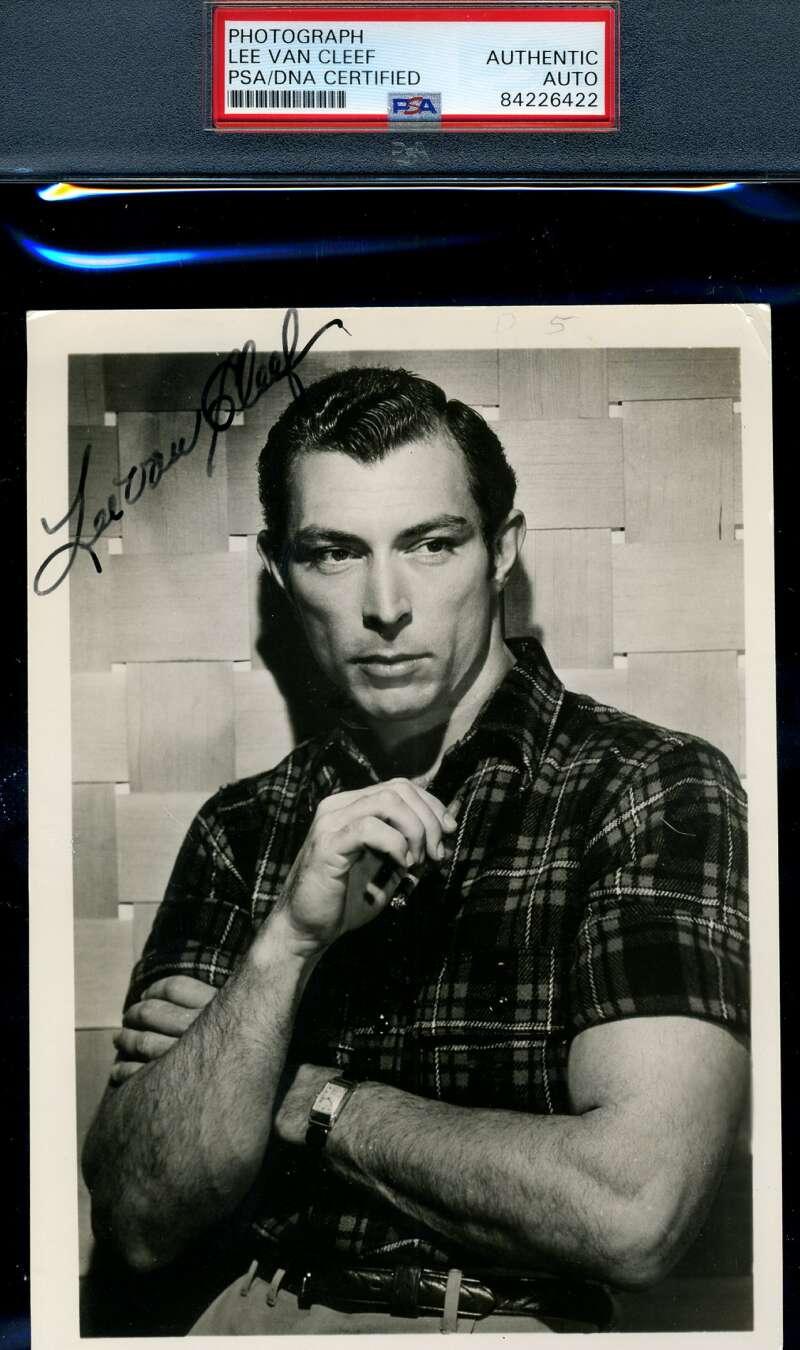 Lee Van Cleef PSA DNA Coa Signed Rare 1930`s 5x7 Photo Autograph